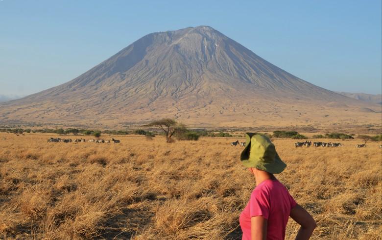 Under vandringen på savannen har du vacker utsikt över Mt Meru
